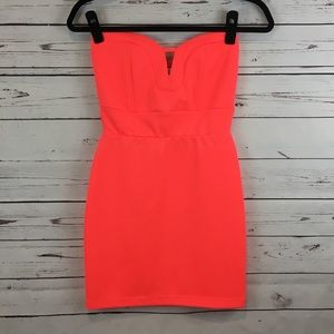 NWOT! Charlotte Russe Coral Strapless Dress